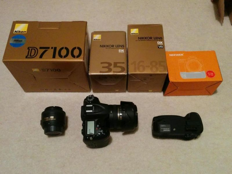 Canon EOS-5D Mark III Digital SLR Kamera-Kit mit Canon EF 24-105mm F4L IS USM
